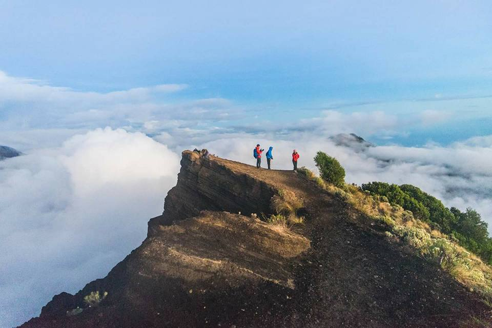 rinjani trekking tour package 12 2020