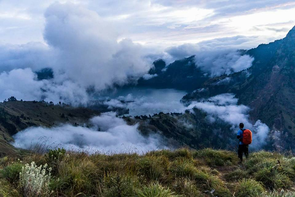 Mount Rinjani Treking Tour package 2020 Season
