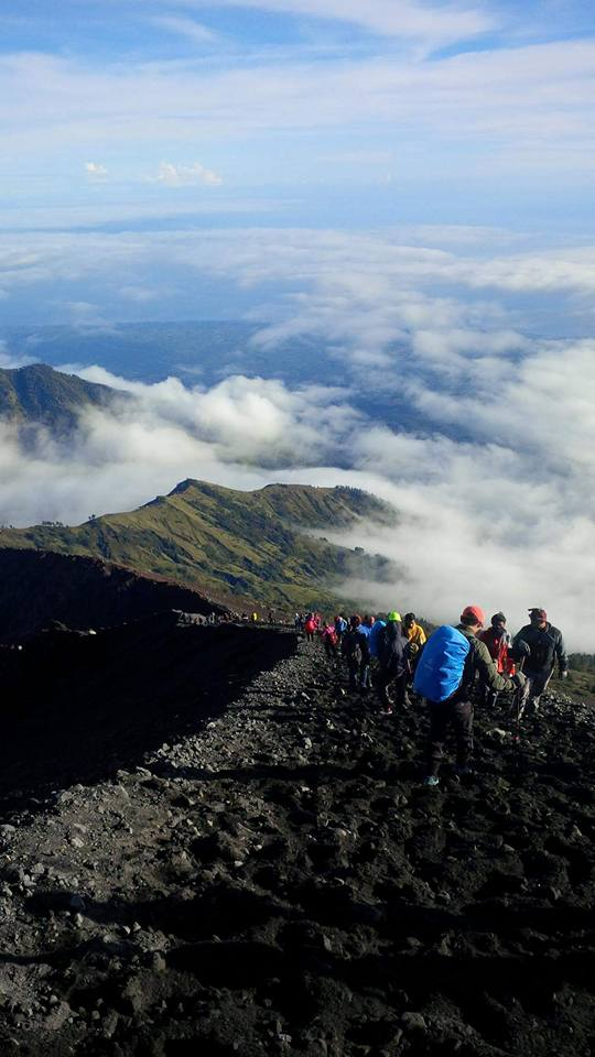 rinjani trekking tour package 9 2020
