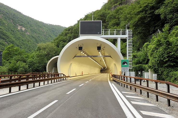 Autostrada del Brennero Spa rinnova gli impianti con Cree Ledway