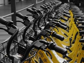 """OfO, il bike sharing """"giallo"""" invade Milano"""
