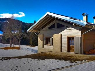 Alpilegno, isolamento e comfort per un rustico elegante