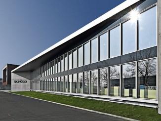 Schüco e il recladding, design ed efficienze degli edifici