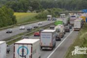 Handy am Steuer, TÜV, Rettungsgasse: Das ändert sich für Autofahrer in 2017