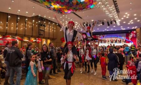 11 rintelnaktuell rcv carnevalsverein kinderkarneval 2017 konfetti schminken party