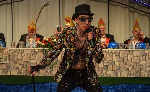 15 rintelnaktuell prunksitzung rcv karnevalsparty 18.2.17 brueckentorsaal helau rinteln im stau
