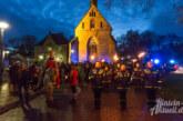 Mit Pferd, Sankt Martin und Laternen durch die Nacht