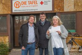 Stiftung für Rinteln überreicht 1.400 Euro an DRK-Tafel