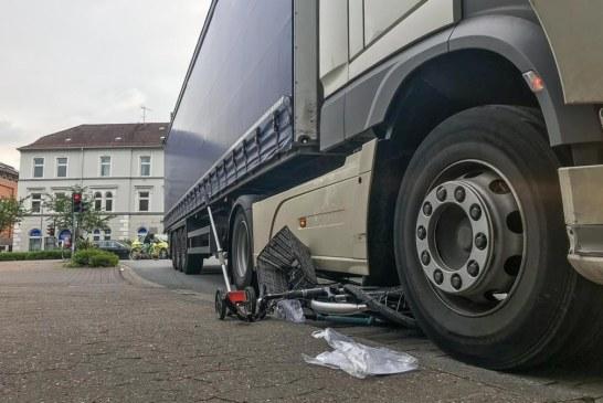 Dankerser Straße: Radfahrerin (17) von LKW erfasst