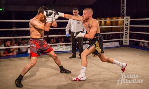 05 rintelnaktuell profiboxen piergiulio ruhe sport brueckentorsaal boxring event waru kampf gegner runden