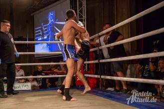 25 rintelnaktuell vorprogramm abend kickboxen frauenboxen profiboxen piergiulio ruhe sport brueckentorsaal boxring event waru kampf gegner runden