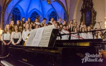 06 rintelnaktuell weihnachtskonzert gymnasium ernestinum nikolaikirche 2018 advent bigband abichor musici ernesti ensemble musik