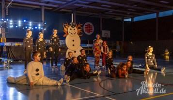 27 rintelnaktuell vtr vereinigte turnerschaft rinteln turnschau 2018 winterwunderland sport gruppen darbietung vorstellung kreissporthalle burgfeldsweide