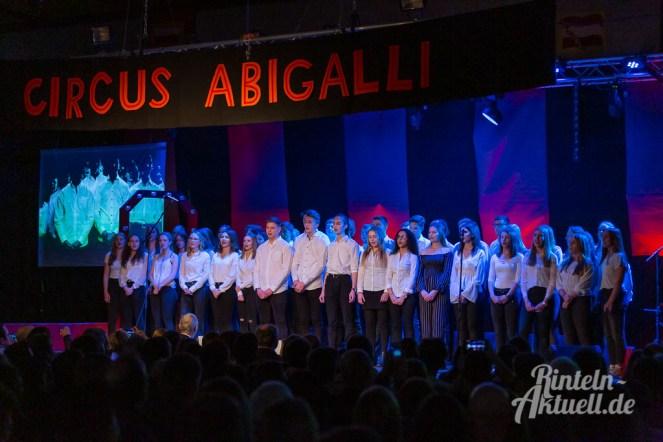 08 rintelnaktuell circus abigalli abikulturabend gymnasium ernestinum rinteln 2019