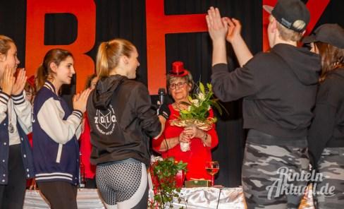 77 rintelnaktuell rfk rintelner frauenkarneval brueckentorsaal prunksitzung elfenrat 2019 20 jubilaeum