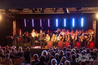 24 rintelnaktuell ernies hausband ernestinum bigband jahreskonzert jazz rock 2019 aula gymnasium musik