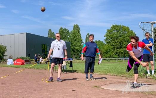 18 rintelnaktuell sportabzeichentag weser-fit-rinteln vtr sparkasse schaumburg bkk24 18-5-19