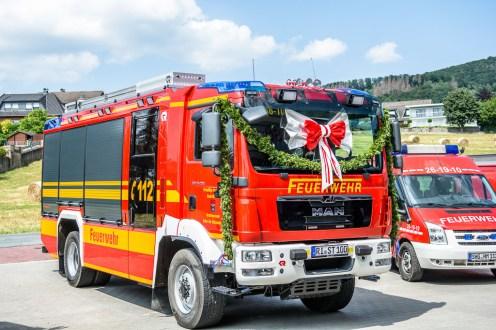 03 rintelnaktuell feuerwehr unter der schaumburg deckbergen geraetehaus einsatzfahrzeug uebergabe 22.6.2019