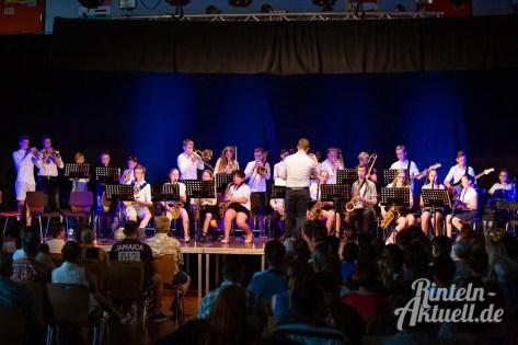 10 rintelnaktuell blaeserklasse swing kids orchester musik gymnasium ernestinum sommerbuehne 25-6-19