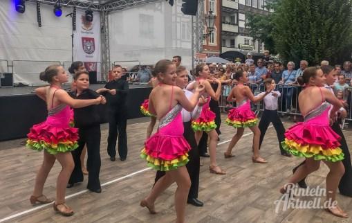 16 rintelnaktuell altstadtfest 2019 sonntag openair tanz feier musik party bands unterhaltung innenstadt