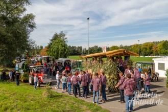 02 rintelnaktuell moellenbeck erntefest 2019 erntewagen ernteumzug dorf feier party