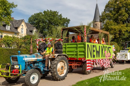 46 rintelnaktuell moellenbeck erntefest 2019 erntewagen ernteumzug dorf feier party