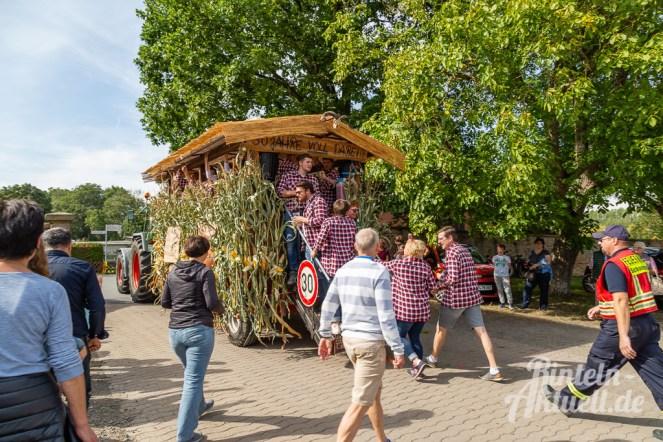 95 rintelnaktuell moellenbeck erntefest 2019 erntewagen ernteumzug dorf feier party