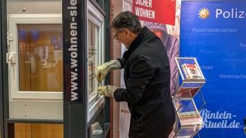 02 rintelnaktuell ausstellung polizei handwerk einbruchschutz marktplatz 2019