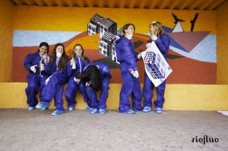 Atelier Street-Art et graffiti, apprenez l'art libre et coloré de l'art urbain avec de vrais artistes. Débutants ou non, pour les entreprises et les groupes d'enfants, ado, adultes. atelier, riofluo, live painting, street-art, france, graffiti, art urbain, peinture, performance, ile de france, artistique, artiste, graffeur