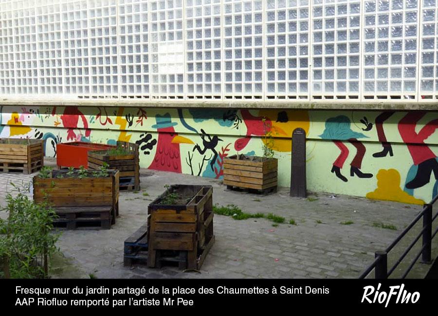 Fresque mur du jardin-partagé de la place des Chaumettes à Saint-Denis. Appel à projet Riofluo remporté par-l'artiste Mr Pee