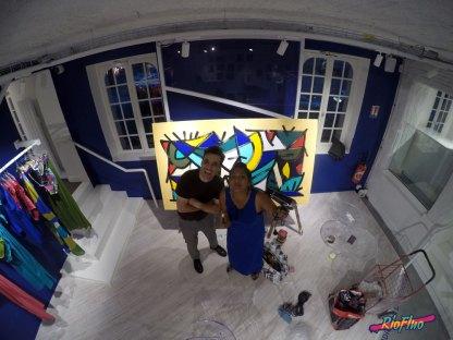La marque de prêt à porter féminin Eres en association avec Les Clefs D'Or a laissé la programmation artistique de la performance live painting à Riofluo pour sa soirée privée . La talentueuse artiste SIFAT a pris en main cette collaboration en créant une sublime peinture sur toile en 3 heures sur place en s'inspirant des couleurs de la saison été de la marque. Sifat, eres, maison, Riofluo, street-art, live painting, couleur, art urbain, art urbain contemporain, Riofluo, évènement, paris, opéra