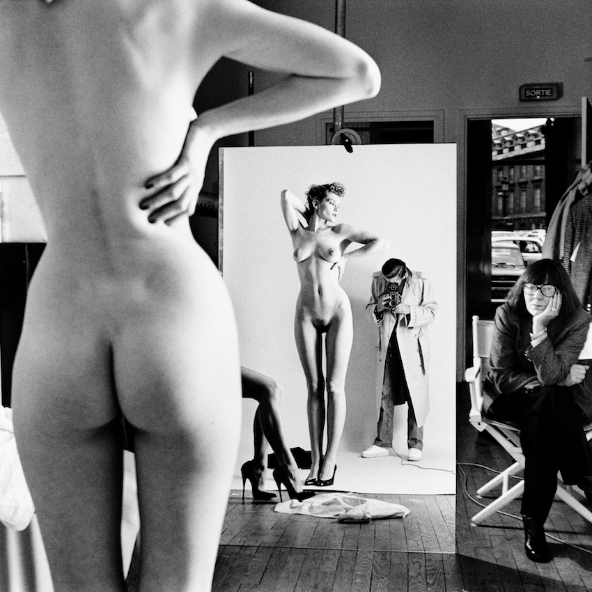 Helmut Newton, Self portrait with wife and models, Paris, 1981
