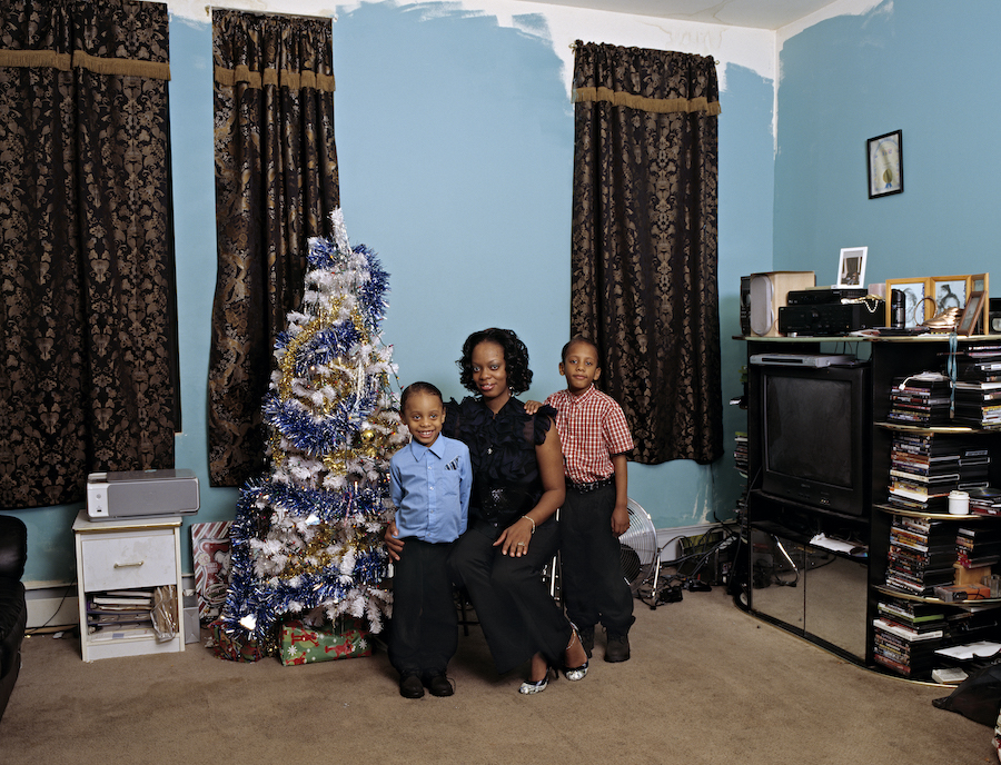 Deana Lawson Coulson Family , 2008