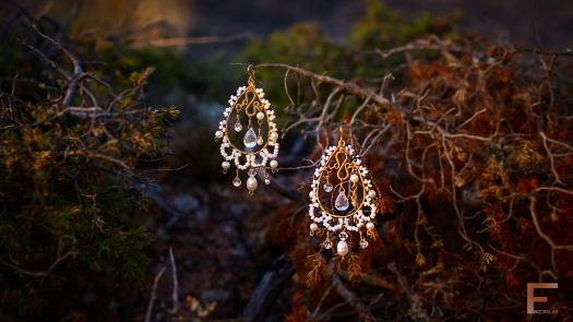 Fikorus brings romance to your relationship. Niina Karlsson created these earrings fit for your queen.