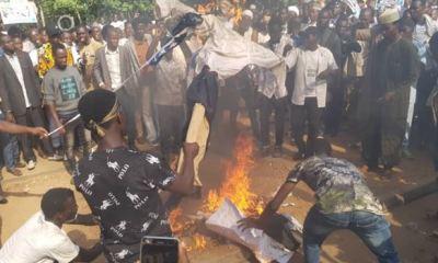 Shi'ites burn US, Isreali flags in Abuja