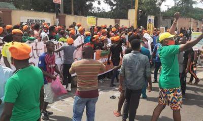 NigeriaAt60: Police arrest 30 protesters demanding end to bad governance in Nigeria