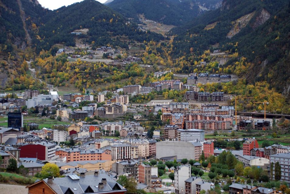 Valley-town-Encamp-Andorra