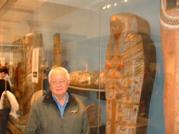 Grandmaster Yap as we visit his Mummy friends at the British Museum