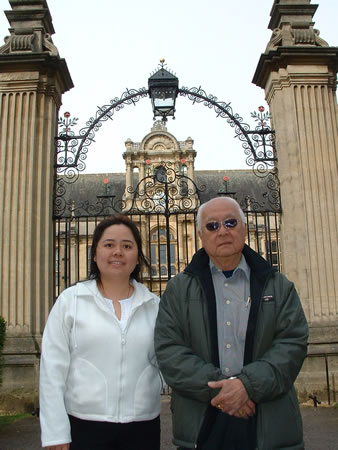 Master Yap and Angela Ang at the University gates. If your name is not down you're not coming in!