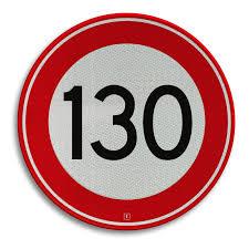 Verhoging snelheidslimiet op autosnelwegen: klein effect op snelheid, verkeersveiligheidsimpact vooralsnog niet eenduidig
