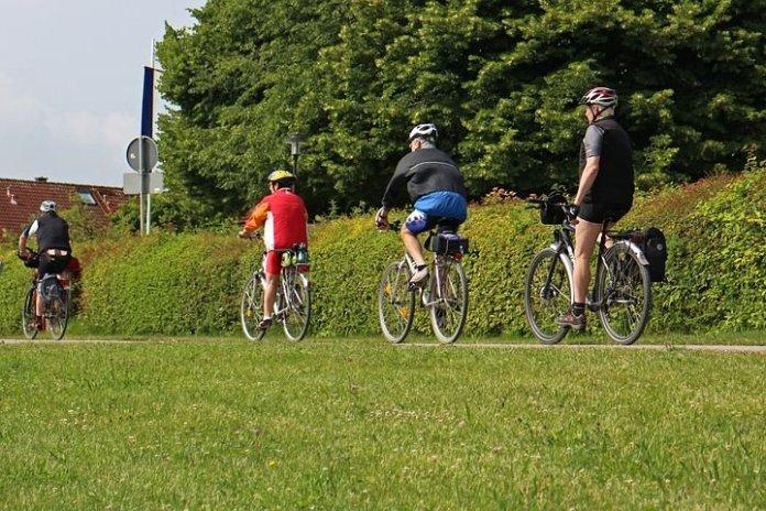 Daling verkeersdoden afgelopen 20 jaar groter bij autorijders dan fietsers
