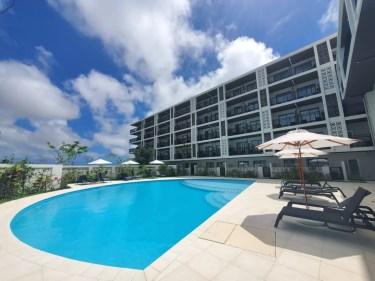 沖縄宮古空港から徒歩で行ける「ホテル・トリフィート宮古島リゾート」宿泊記 2021.3オープンしたばかりのプールもあるリゾートホテル  ホテル内施設も紹介
