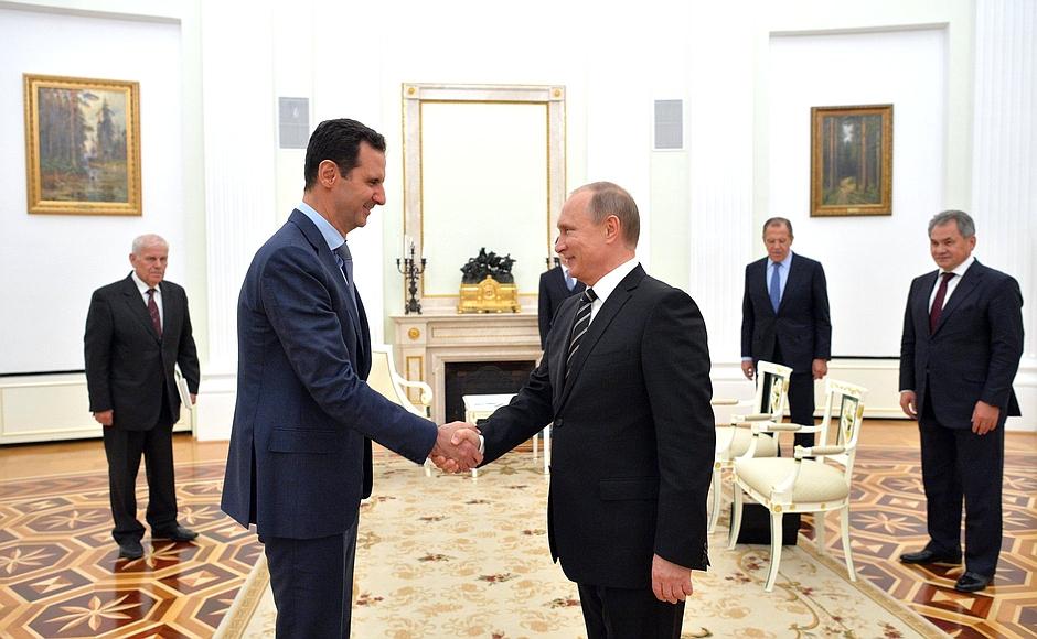 Fillon per dialogare con Assad e Putin contro il terrorismo