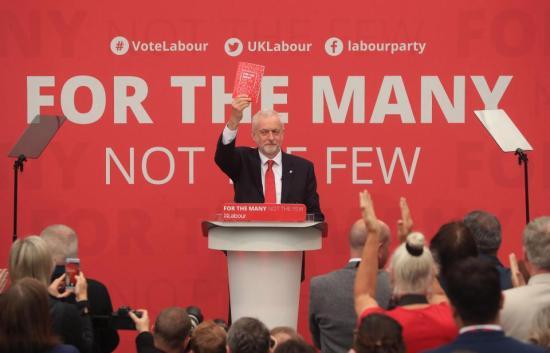 Jeremy Corbyn fa vincere il labour tornando al socialismo