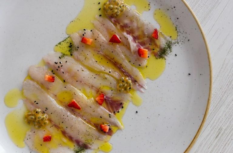 Carpaccio di pescato (120g) 12 €