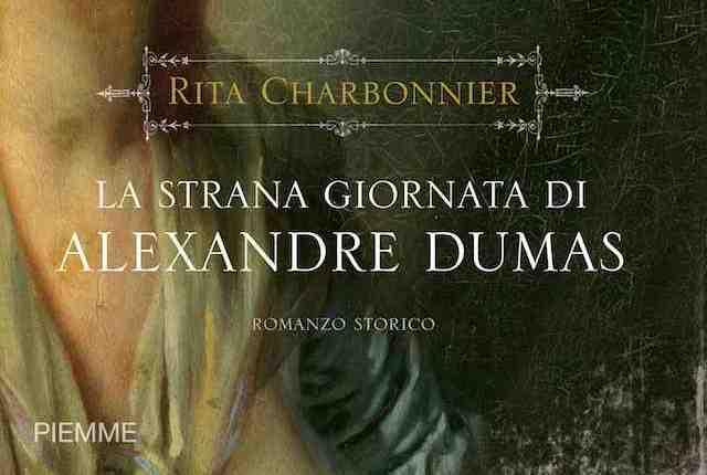 Una dama d'altri tempi alla Fiera del Libro di Torino