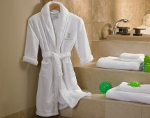 Ritz-carlton Hotel - Kids Robe Luxury Bedding