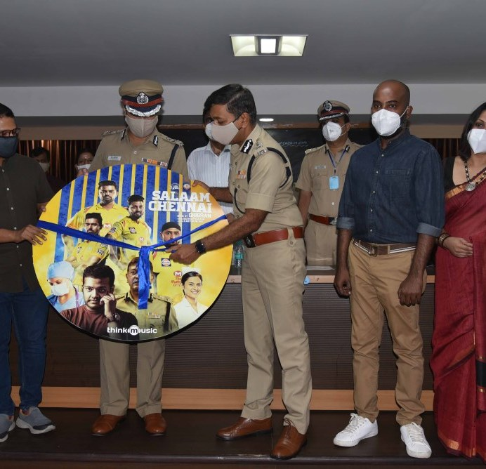 CSK Players Pays Tribute To COVID Warriors (2)