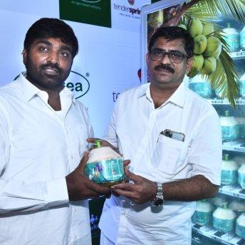 Vijay Sethupathi Launches Tender Springz Coconut Water (1)