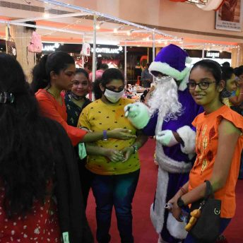 Naturals Salon Launch Their Safety Kits With Purple Santa Claus At Express Avenue (3)